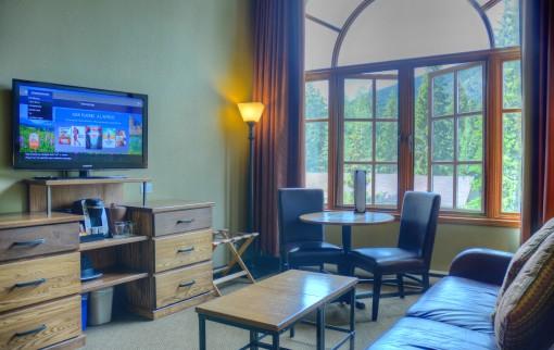 Mountain Loft Suite