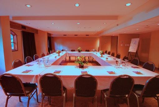 Amenities - Meeting Room