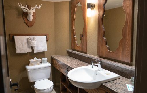 Mountain Loft bathroom